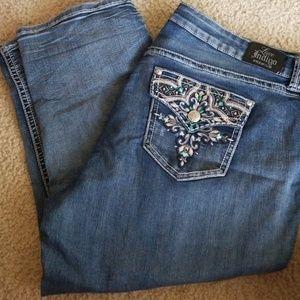 Love Indigo premium 22 cropped jeans